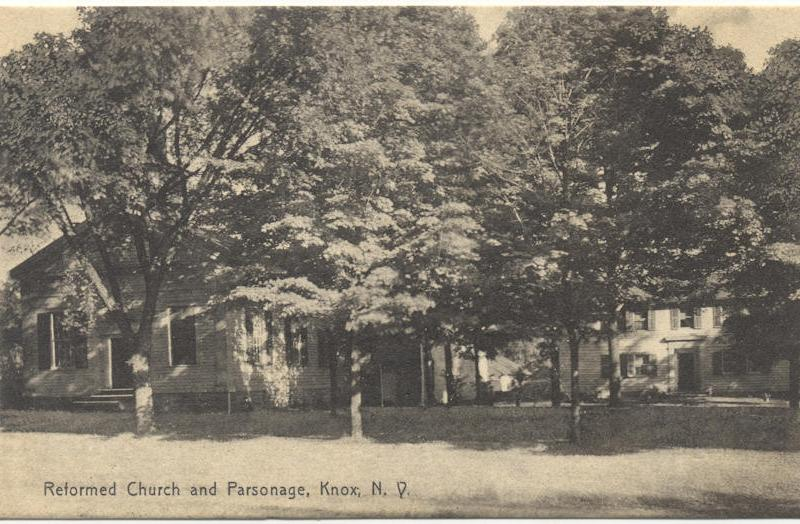 THEN - Knox Reformed Church and Parsonage - 1913 (http://www.albanyhilltowns.com/mediawiki/images/8/80/KS16TKnoxReformedChurchWEB.jpg)